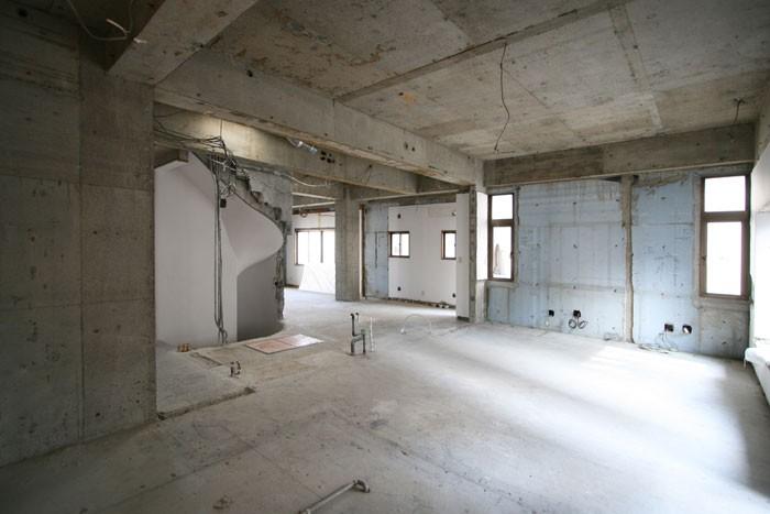 鉄骨造・鉄筋コンクリート造のリフォーム費用は、建て替えの1/2!?