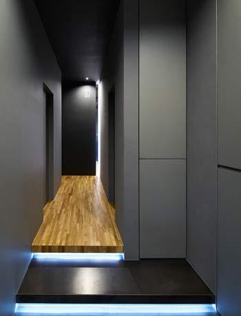 新宿モデルルームに見る、モノトーンインテリアの哲学