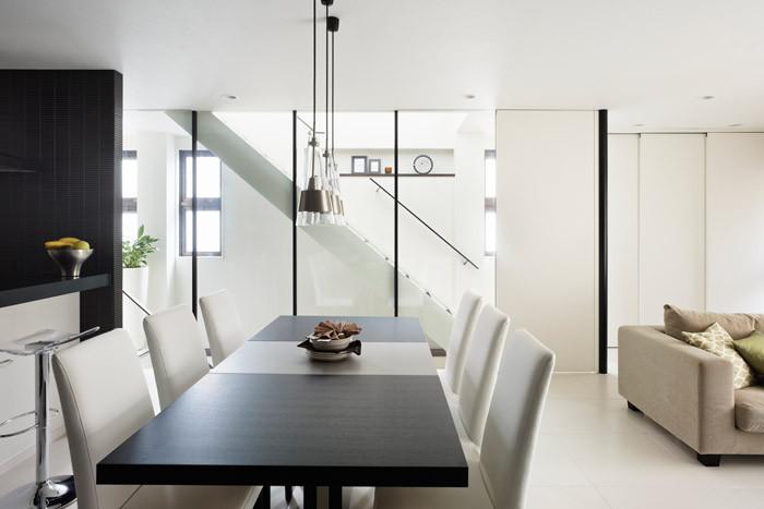 狭い部屋を広く見せる、6つのプロのテクニック