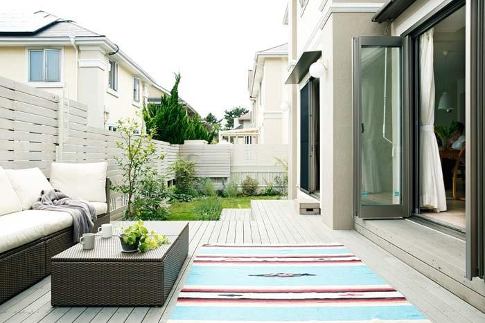 庭のリフォーム。リビングを彩るグリーンインテリア
