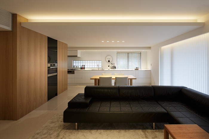 リノベーション事例#374_陰影が美しい無機質な家