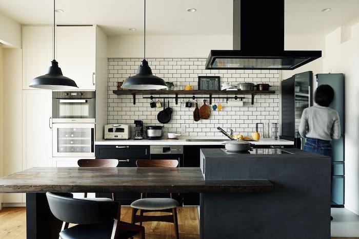 キッチンのインテリア実例、テイスト別にご紹介
